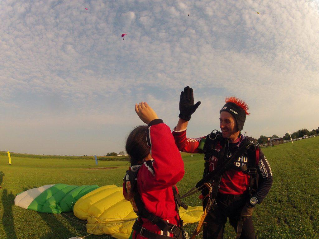 Saut en parachute à Montréal