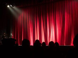 4 pièces de théâtre