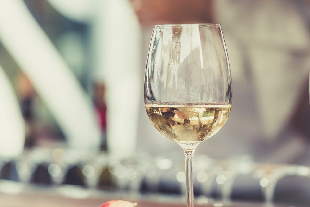 Vins du Vinho Verde - Red Lips Talk
